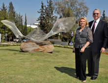 Joan and Irwin Jacobs at the dedication of the sculpture
