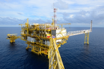 Oil final.jpg